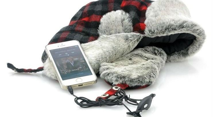 Trapper Hat with Built-in Earphones online in Pakistan